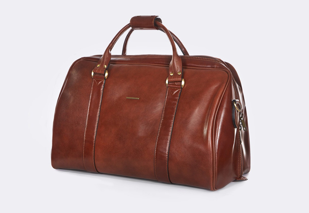 accessories, Leather bag, Leather holdall, Leather overnight bag, overnight bag, mens bags, mens leather bags, peter jackson bag